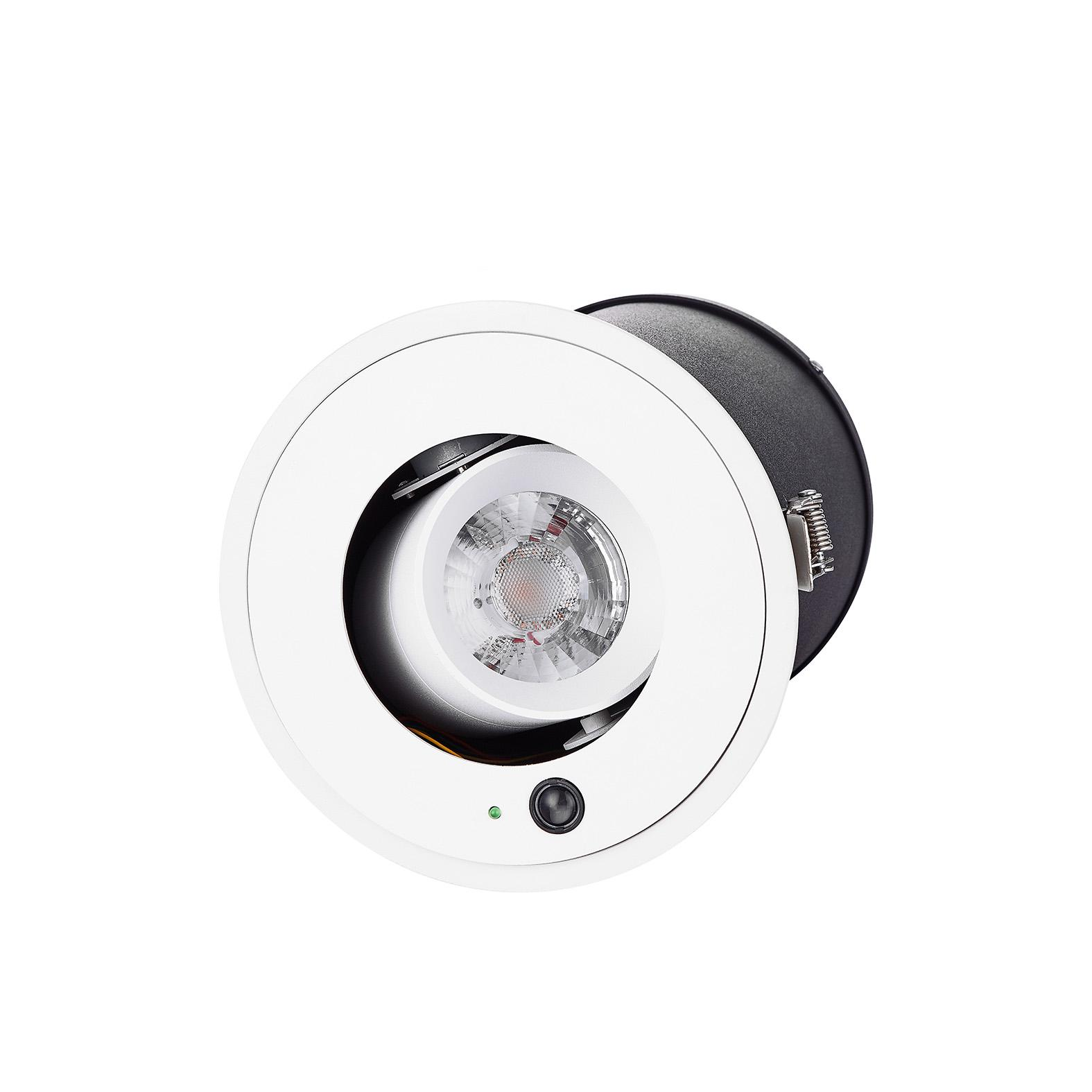 New generation 15W recessed remote control zoom downlight