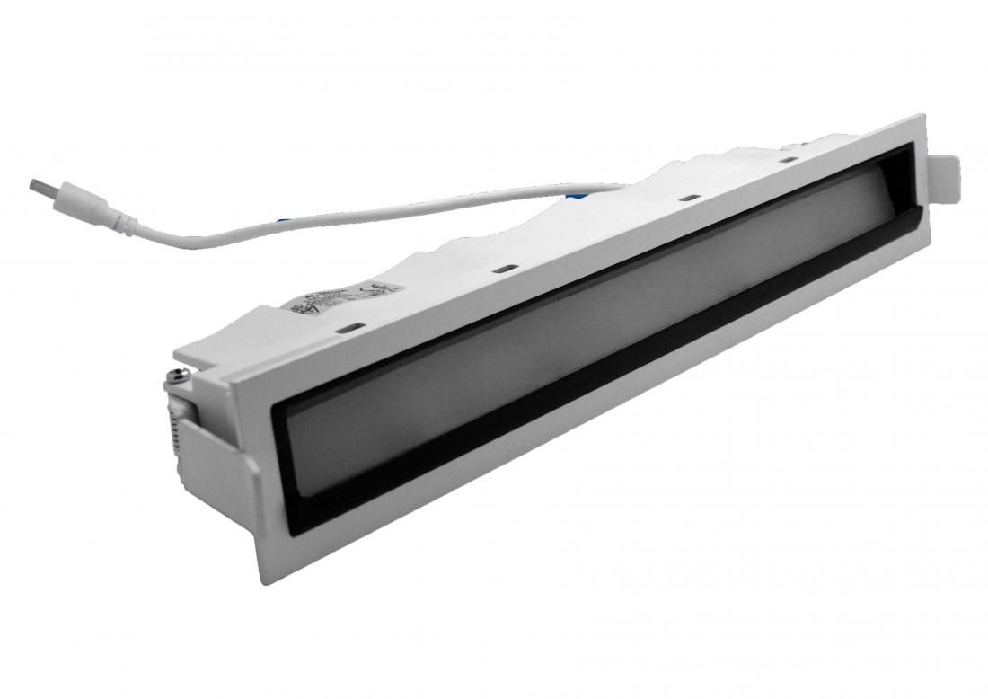 recessed linear LED wallwasher
